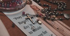 Pray the daily rosary at 6 PM on Zoom